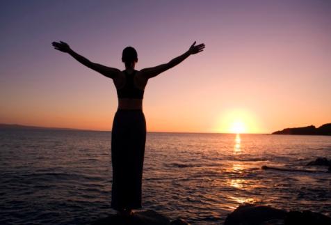 Thờ phượng không chỉ là thân thể mà tập trung tư tưởng chú tâm về Đức Chúa Trời