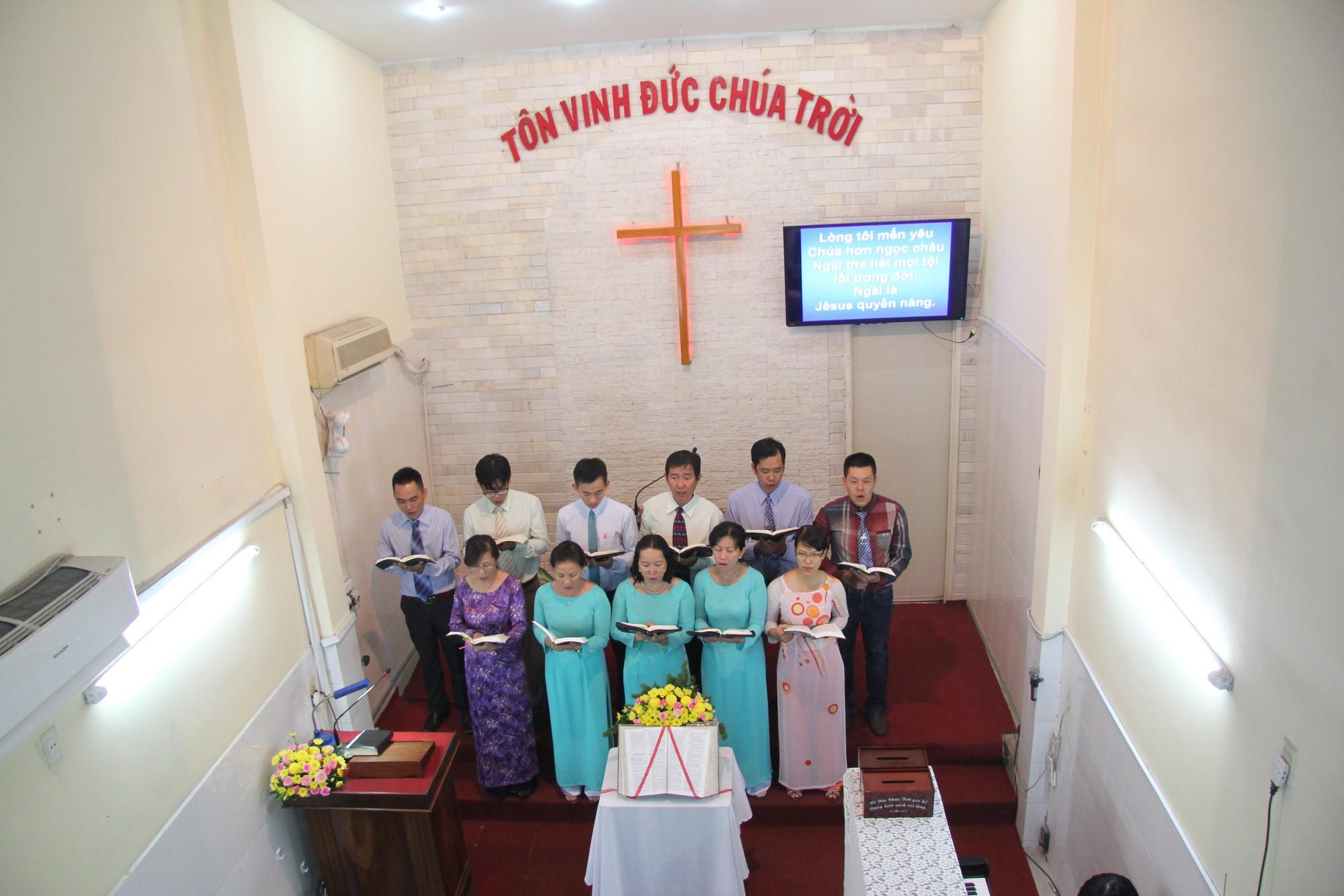 Ban Thanh Tráng tôn Vinh Chúa
