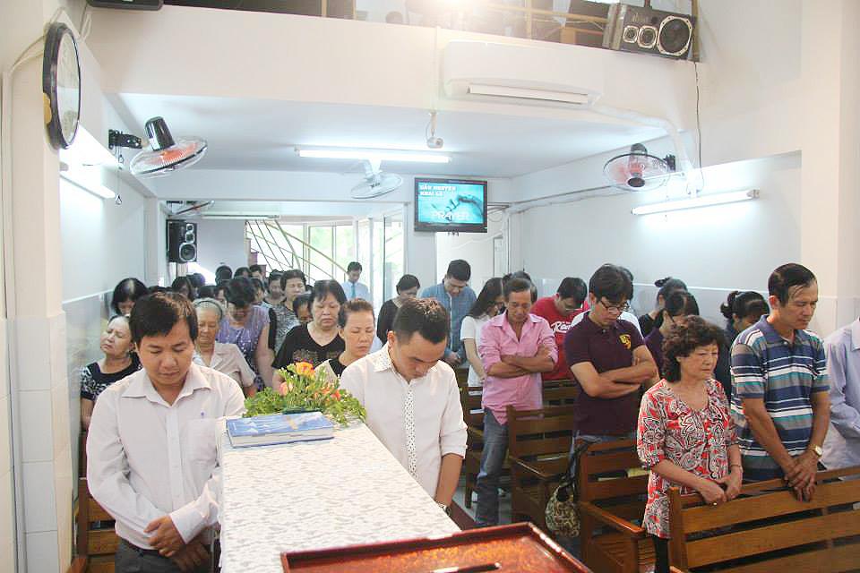 Ht Tin Lành Bình Thới - Trở lại cùng Đức Chúa Trời