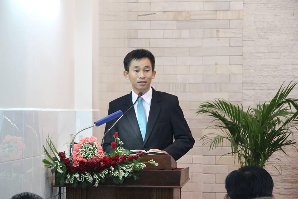 Truyền đạo sinh Trịnh Bá Khiêm