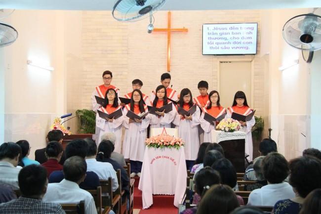 Ban Thiếu niên tôn vinh Chúa