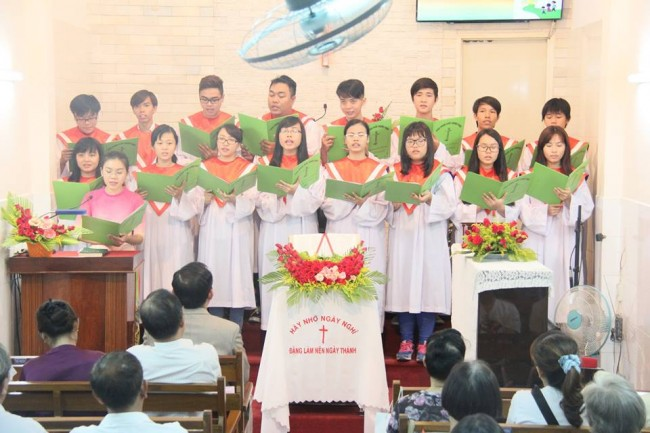 Cau-cho-cha-me-Ban-Thanh-nien-