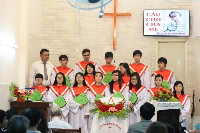 Cầu cho cha Mẹ - Ban Thanh niên Bình Thới